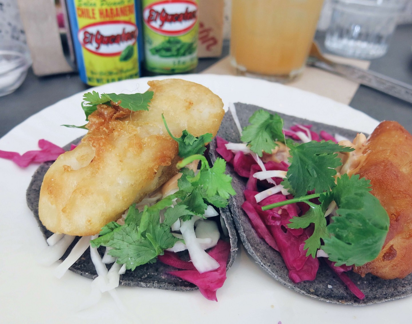 Corazón in Soho, London, offer a great lunchtime taco deal. Lunch for under £10 in the heart of Soho!
