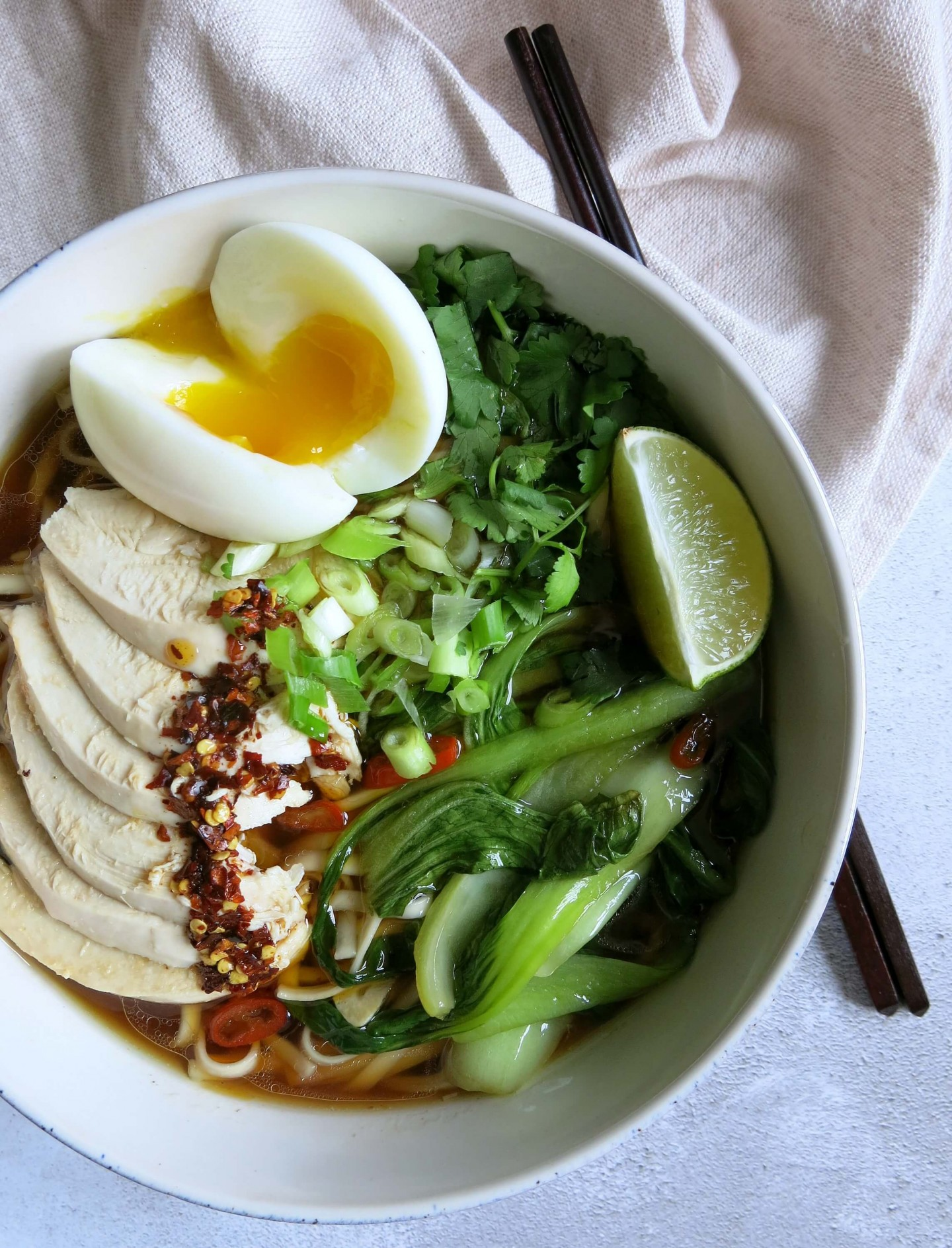 An easy to follow recipe for chilli chicken ramen. This uses a stock made from scratch! This is a healthy and wholesome recipe.
