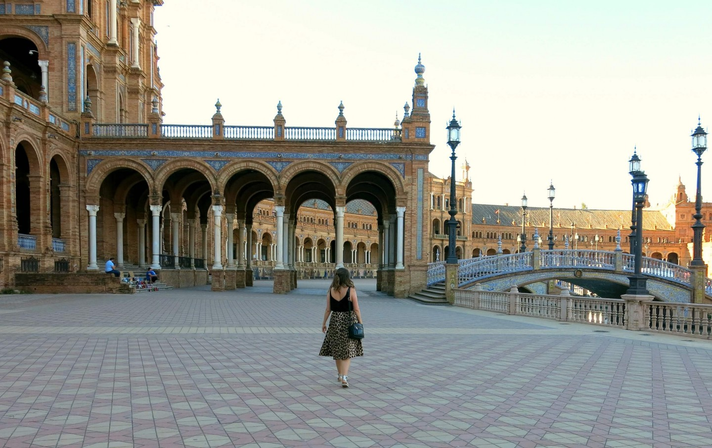 A list of the top things to see and do on your first visit to Seville in Spain.