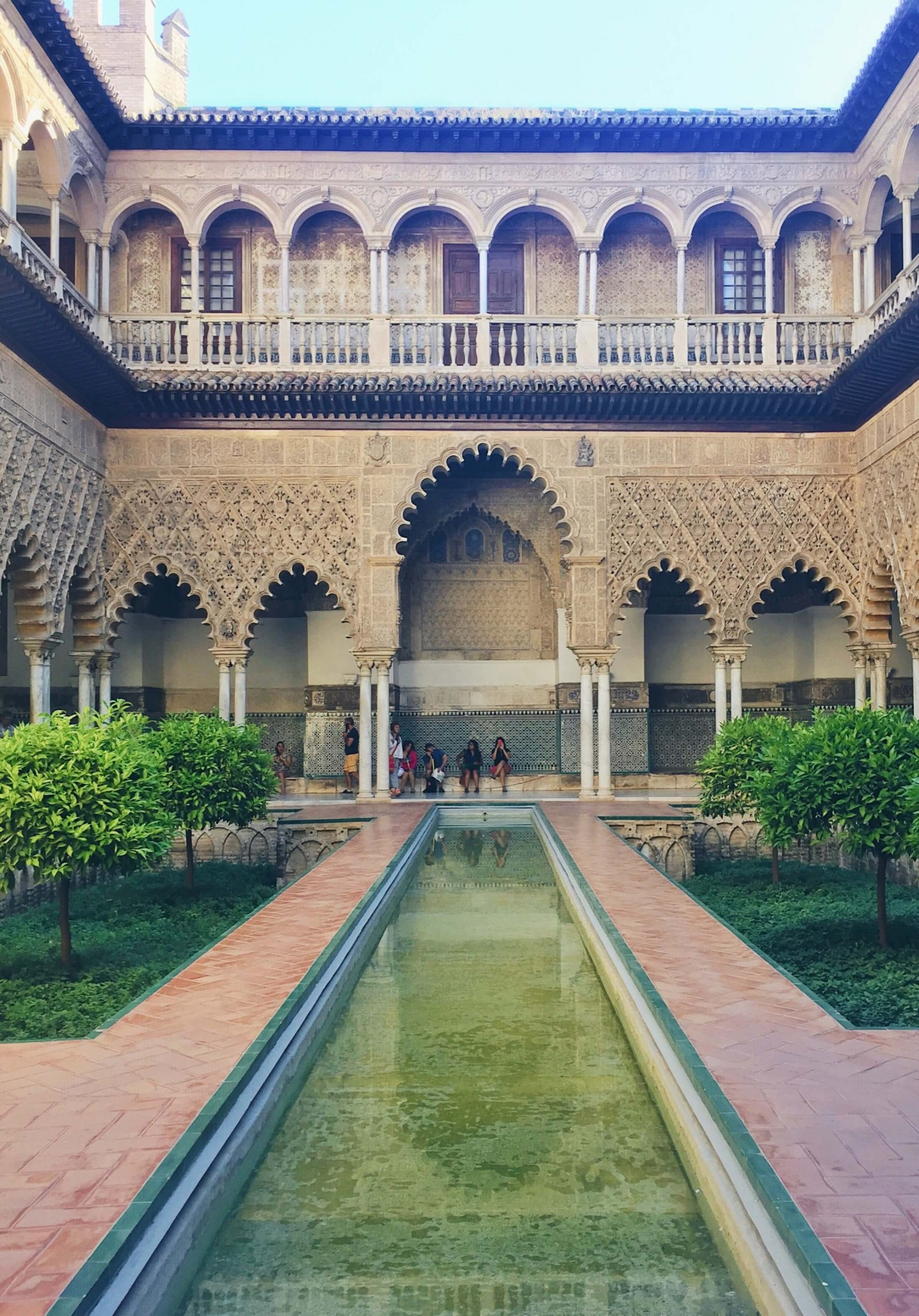A round up of the Top thing to see and do in Seville, Spain on your first visit to this beautiful Spanish city!