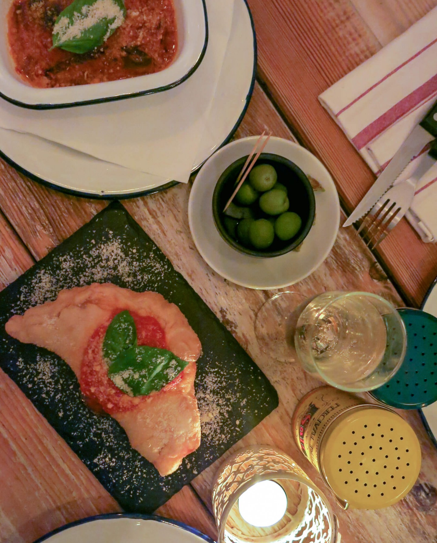 Local Italian restaurant in London, Meridionale in Fulham. Serves great pizza and pasta.