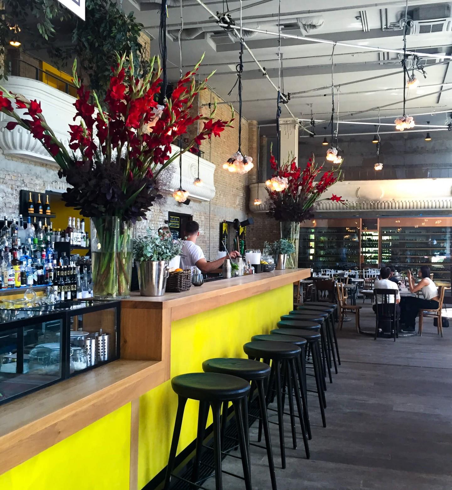 Top 3 Alternative Budapest Restaurants, including Kiosk restaurant on the banks of the Danube restaurant.