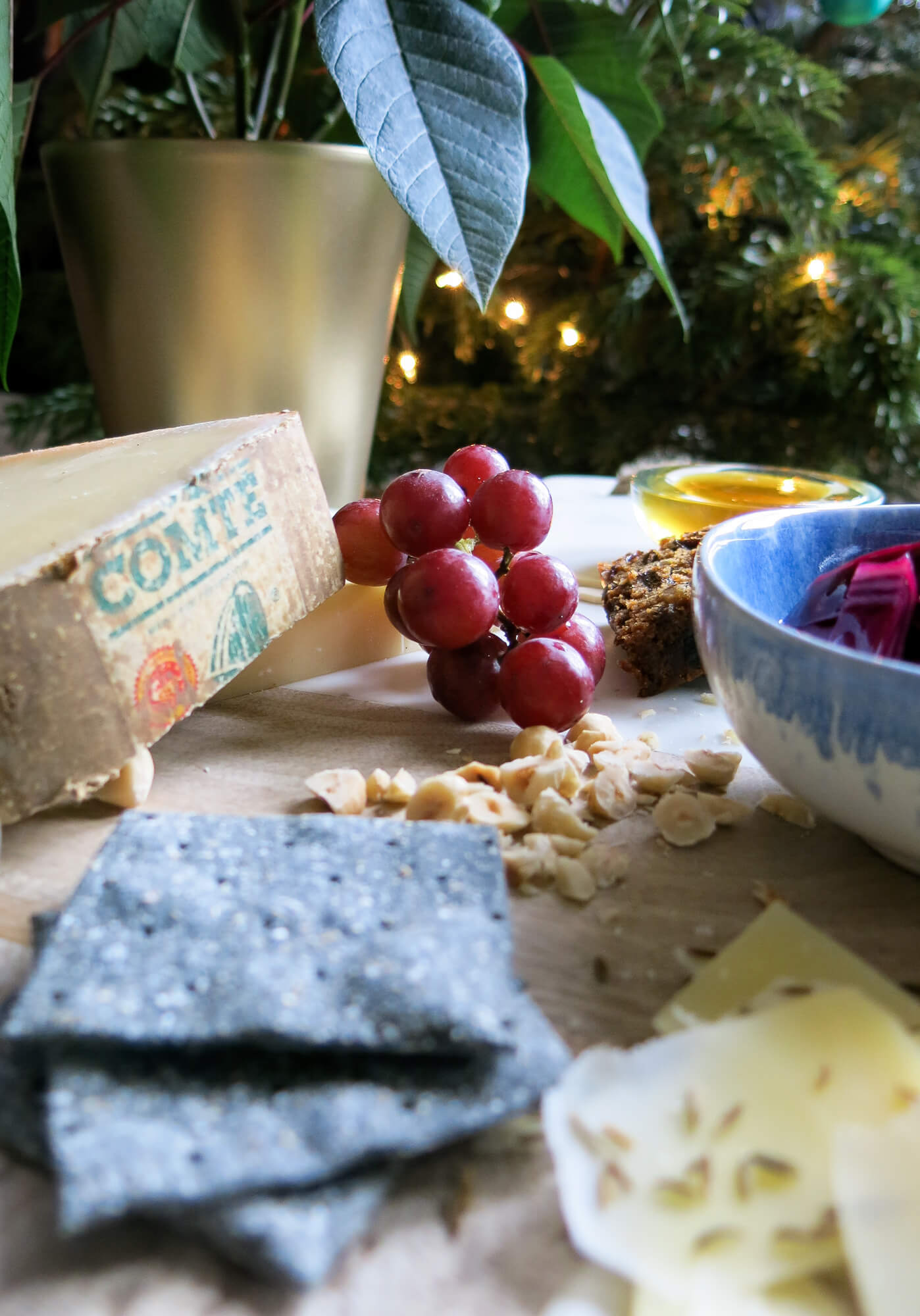 How to make the perfect Christmas cheeseboard, including lots of different textures and flavours like honey and pickled red cabbage.
