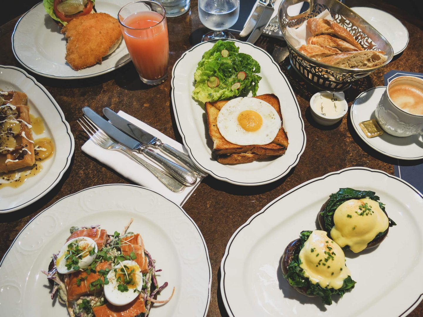Brunch at Bellanger on Islington Green. Poached eggs, salmon, croque madame, banana waffles. | www.dalton-banks.co.uk
